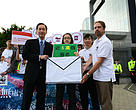 WWF-Hong Kong and student representatives presented the signatures to Mr Bernard Chan.